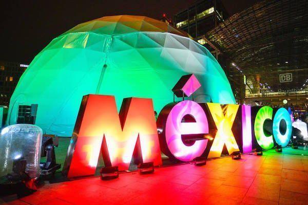 Expo México en Estación Central de Berlín Hauptbahnhof